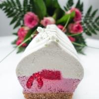 Bûche coco, framboise, rose et litchi (PALEO, VEGAN & SANS GLUTEN)