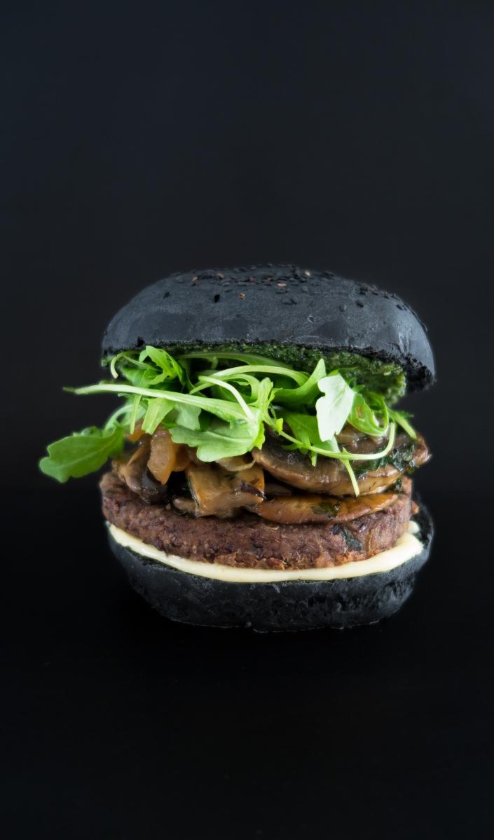 Portobello burger, steak de haricots rouges VEGAN