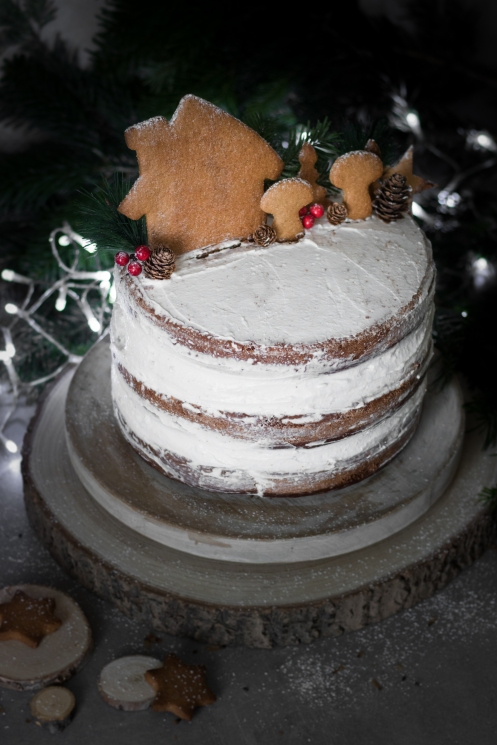 Layer cake de Noël au chocolat et aux épices vegan - The V World