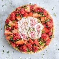 Tarte aux fraises et à la pistache VEGAN & SANS GLUTEN)
